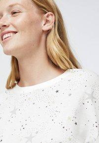 OYSHO - STAR  - Nattøj trøjer - white - 2