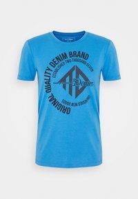 WITH COINPRINT - Print T-shirt - water sport blue