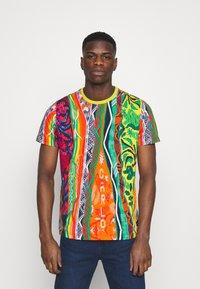 Carlo Colucci - SET - Print T-shirt - white - 0