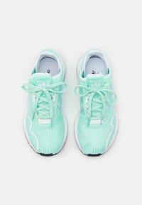 adidas Originals - SWIFT RUN X UNISEX - Trainers - clear mint/footwear white - 3