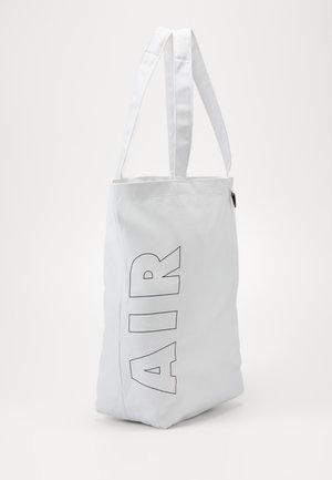 HERITAGE UNISEX - Shopping bag - white/white/black
