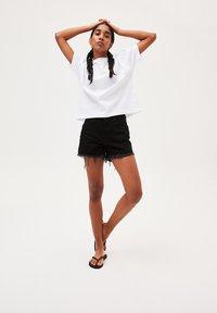 ARMEDANGELS - KAJAA - Basic T-shirt - white - 1