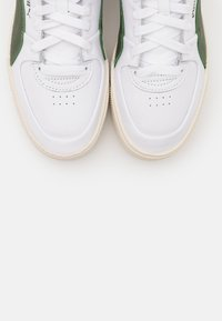 Puma - CALI SPORT WARM UP - Sneakers high - white/thyme/marshmallow - 5