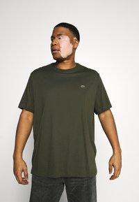 Lacoste - T-shirt basic - khaki - 0