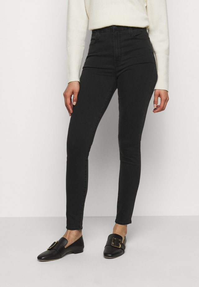 DARTED HIGH RISE - Jeans Skinny - tenacious