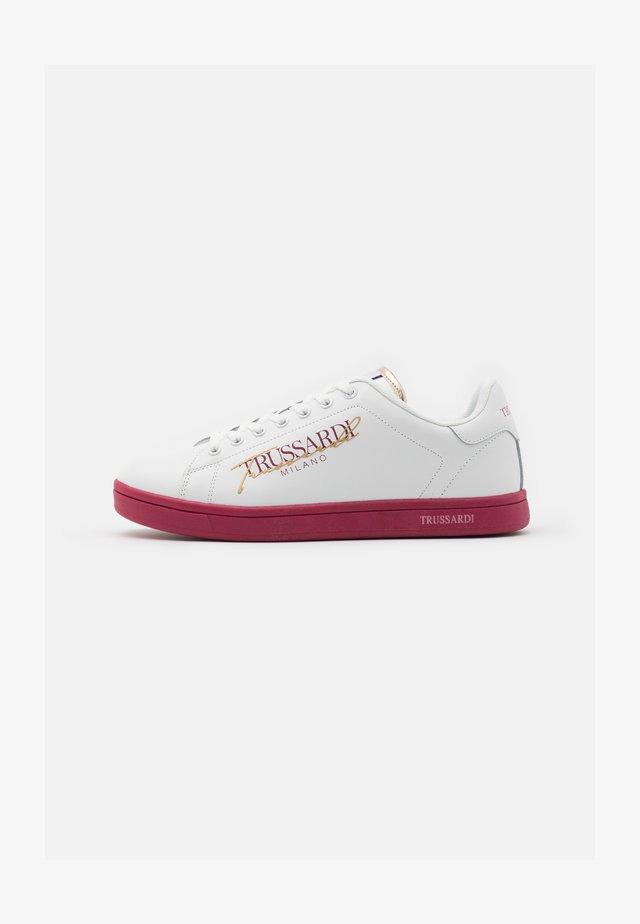 GALIUM - Zapatillas - white/bouganville