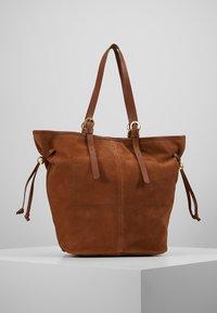 mint&berry - LEATHER - Shopping bag - cognac - 2