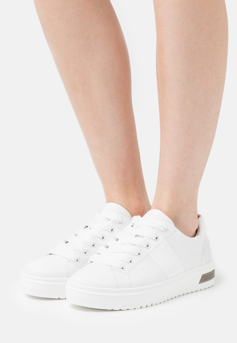 Gabor Comfort - Sneakers laag - weiß