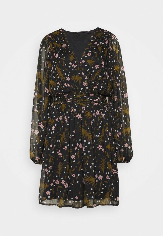 VMHADDIE SHORT GATHERING DRESS - Vestito estivo - black/haddie