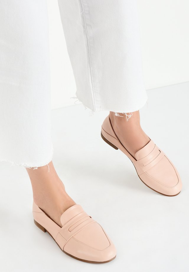 INUOVO - Instappers - blush blh