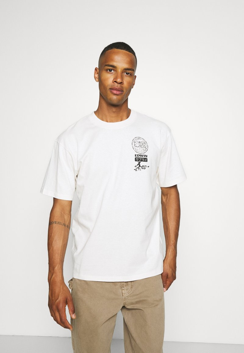 Edwin - GLOBAL CHEST UNISEX - Print T-shirt - whisper white