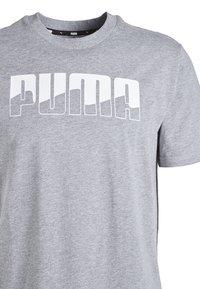 Puma - REBEL - T-shirt con stampa - medium gray heather - 2