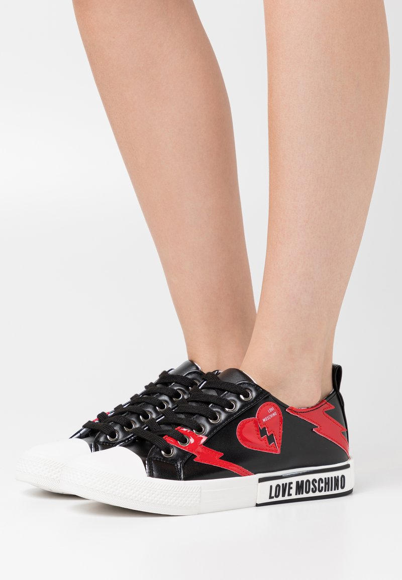 Love Moschino - LABEL SOLE - Trainers - black