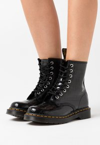 Dr. Martens - 1460 PASCAL - Lace-up ankle boots - black - 0