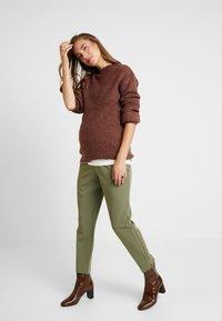 Anna Field MAMA - Pullover - brown - 1