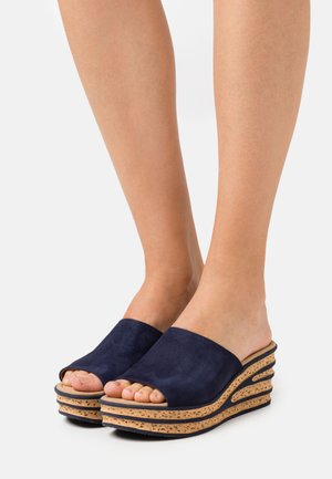 Heeled mules - bluette