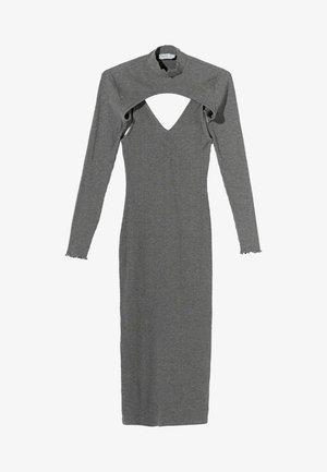 Pouzdrové šaty - light grey