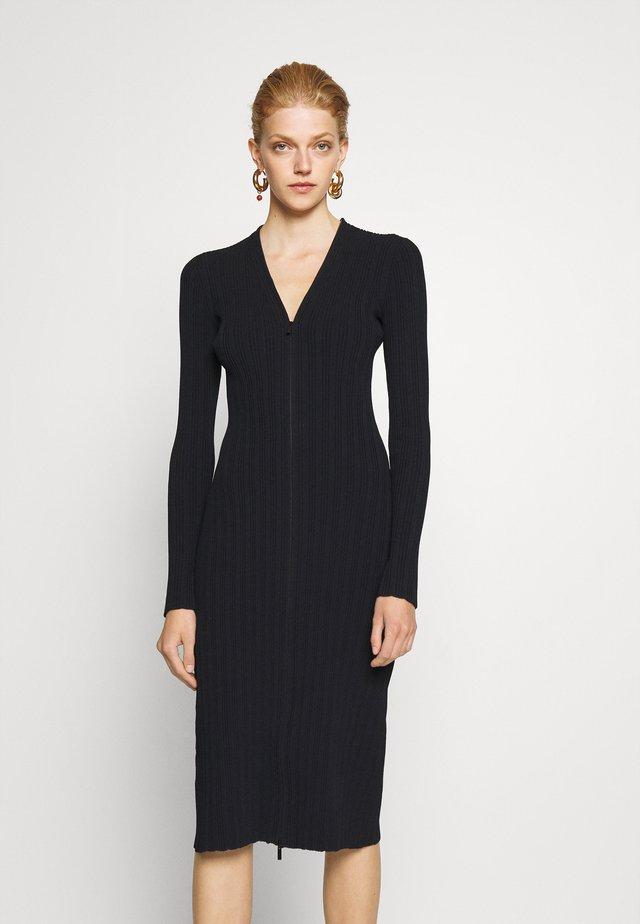 ZIP CARDIGAN DRESS - Abito in maglia - black