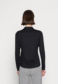 Marc O'Polo - BLOUSE LONG SLEEVE COLLAR BUTTON PLACKET - Button-down blouse - black - 2
