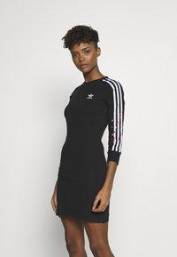 adidas Originals - 3STRIPES 3/4 SLEEVE DRESS - Vestido ligero - black - 0