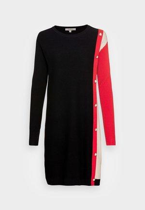 QUETSCHE - Jumper dress - noir