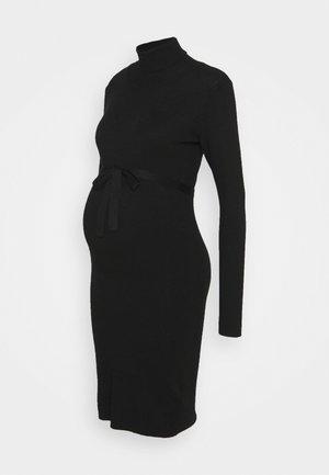 MLJACINA DRESS - Pletené šaty - black