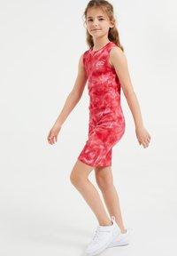 WE Fashion - Day dress - pink - 0