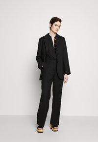 Elisabetta Franchi - Button-down blouse - nero - 1