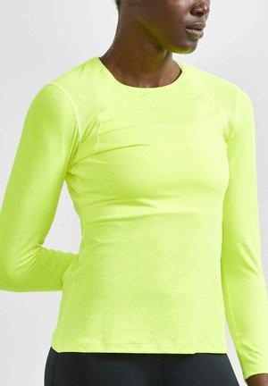 Long sleeved top - light green