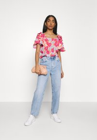 Gina Tricot - MOM - Relaxed fit jeans - mid blue - 1