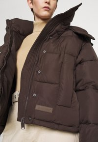 Sixth June - SHORT PUFFER JACKET HOOD - Winter jacket - brown - 7