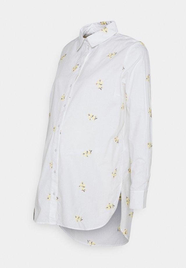 PCMNIVA - Camicia - bright white/pale banana