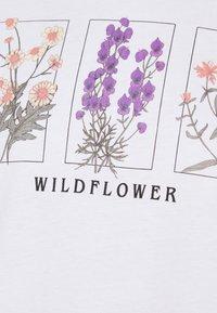 Even&Odd - T-shirts med print - white - 5