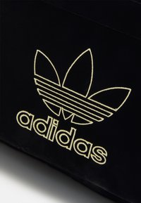 adidas Originals - ADI VELOUR ADICOLOR - Ryggsekk - black/gold-coloured - 3