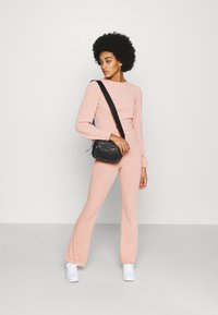 Miss Selfridge - TIE BACK KICKFLARE SET - Trousers - pink - 1