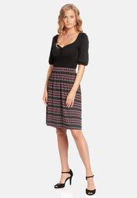 Vive Maria - A-line skirt - schwarz allover - 1