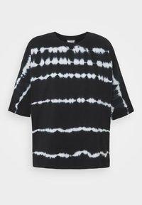 Noisy May Tall - NMBUSTER TIE DYE - T-shirt z nadrukiem - black - 0