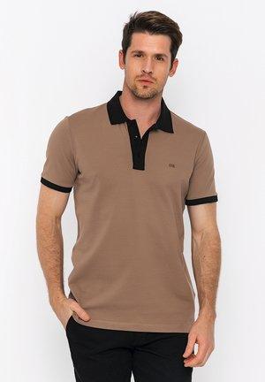 SHORT SLEEVE - Polo shirt - brown/black