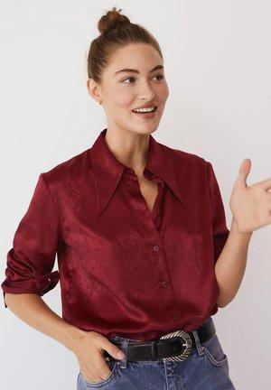 LARGUI-I - Button-down blouse - granátová