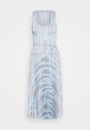 PRINTED SMOCKED DRESS WITH PLEATED SKIRT - Day dress - light blue/grey