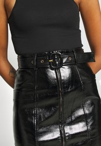 Fashion Union - TOFFIN - Pencil skirt - Black - 4