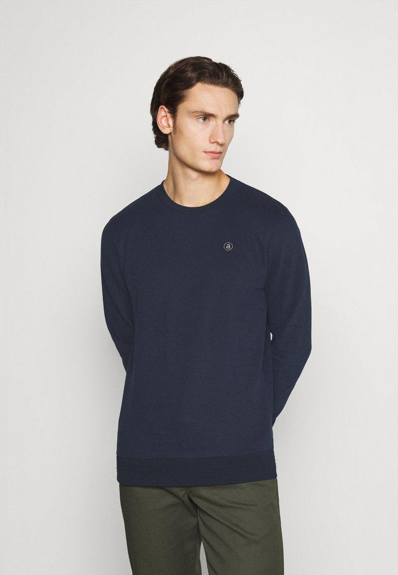 Anerkjendt - AKALLEN - Sweatshirt - captain