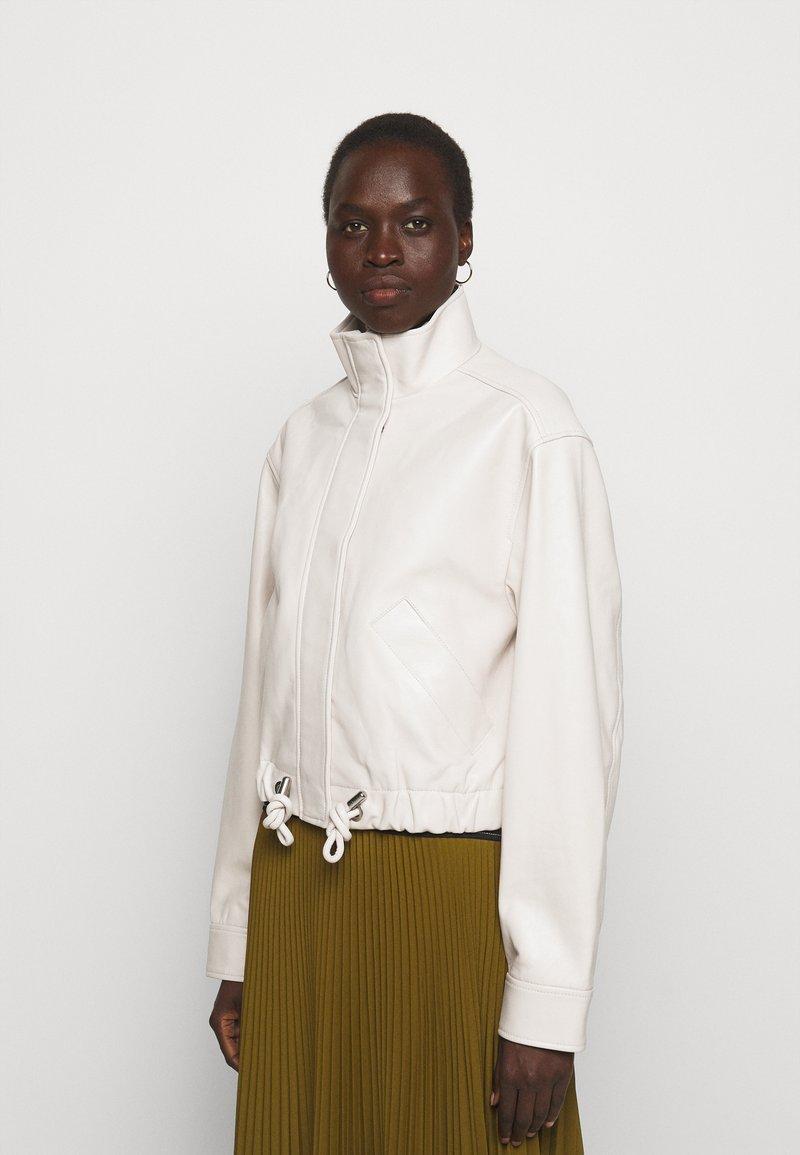 Proenza Schouler White Label - LIGHTWEIGHT DRAWSTRING WAIST JACKET - Leather jacket - ecru