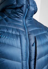Mammut - BROAD PEAK IN HOODED - Down jacket - wing teal/sapphire - 4