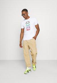 Ellesse - MAGARIO TEE - Print T-shirt - white - 1