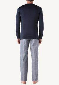 Intimissimi - INTERLOCK SUPIMA - Pyjama top - blue - 2