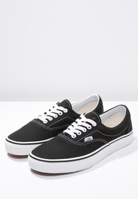 Vans - ERA - Skate shoes - black - 2