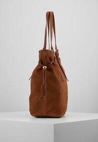 mint&berry - LEATHER - Shopping bag - cognac - 3