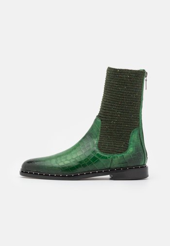 SUSAN 69 - Classic ankle boots - green