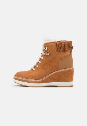WILLOW  - Platform ankle boots - bungalow